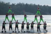 twin-bridge-ski team.jpg